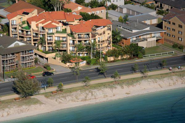 Windsurfer Resort Image
