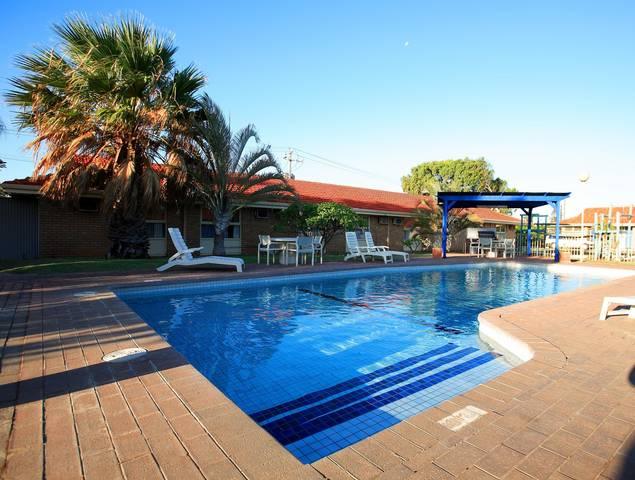 BEST WESTERN Hospitality Inns Carnarvon Logo and Images