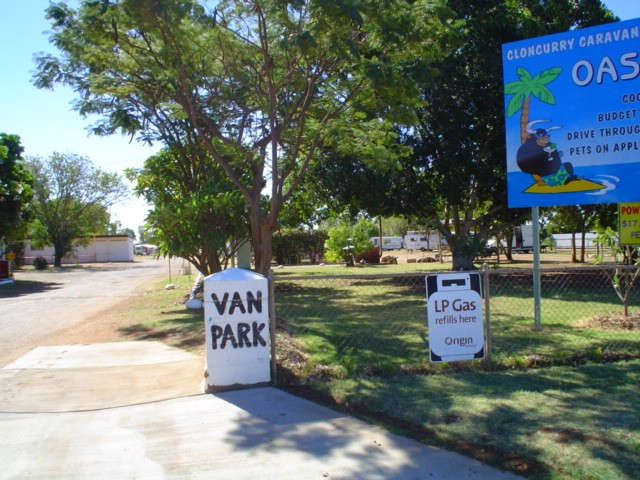 Cloncurry Caravan Park Oasis Logo and Images