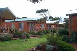 Discovery Holiday Parks - Pambula Beach Logo and Images