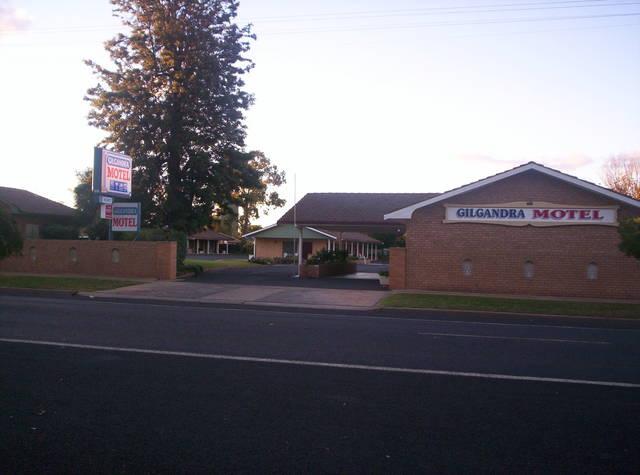 Gilgandra Motel Logo and Images