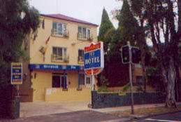 Greenwich Inn Motel Logo and Images