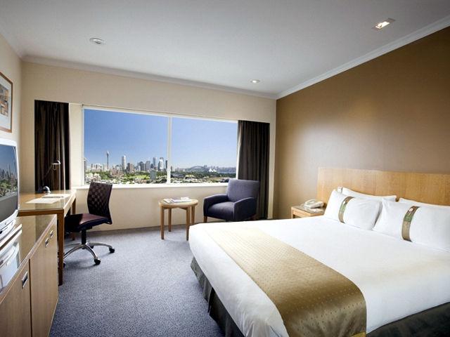 Holiday Inn Potts Point Sydney Image