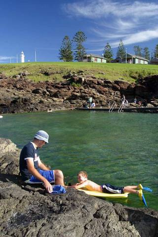 Kiama Harbour Cabins Logo and Images
