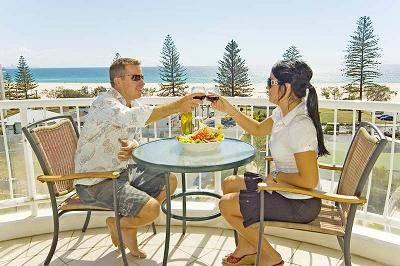 Kirra Beach Apartments