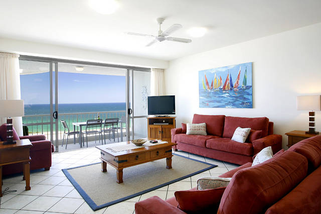 La Mer Sunshine Beachfront Apartments Logo and Images