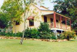 Mango Hill Cottages Bed & Breakfast Logo and Images