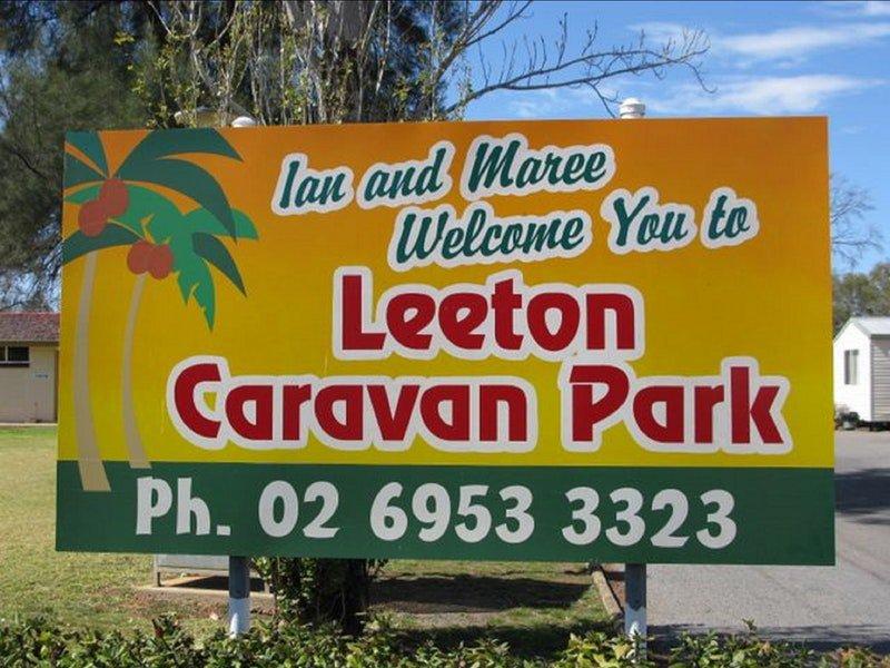 Leeton Caravan Park Logo and Images