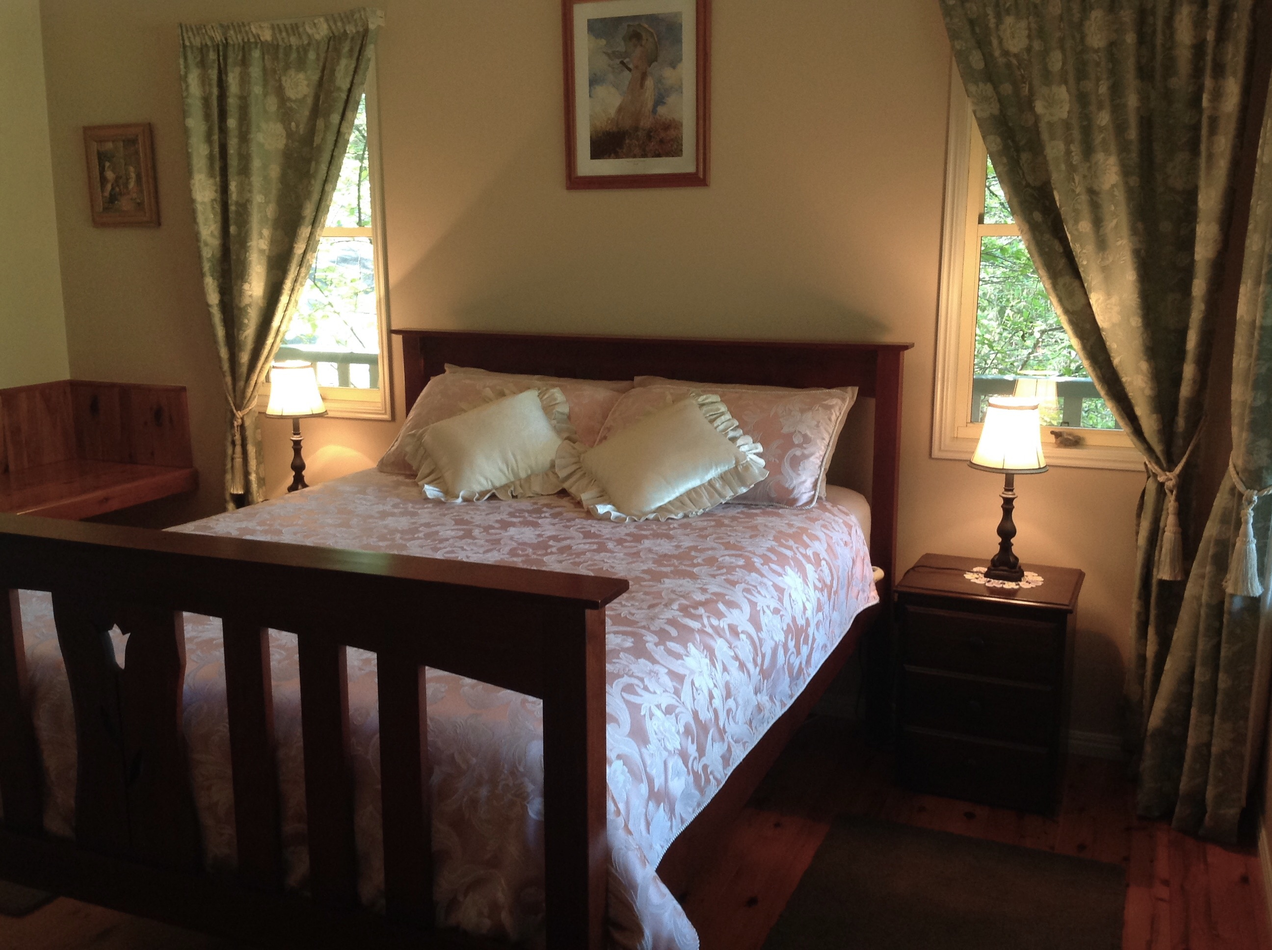 Maleny Country Cottages Image