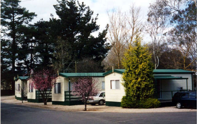 Mt Barker Caravan & Tourist Park Logo and Images