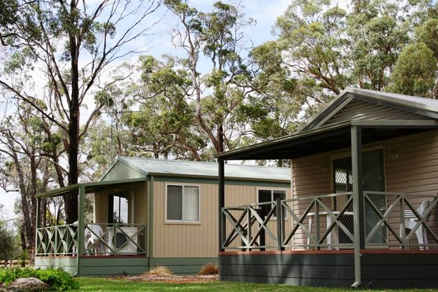 Mt Barker Caravan Park Logo and Images