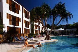 Noosa Blue Resort Logo and Images