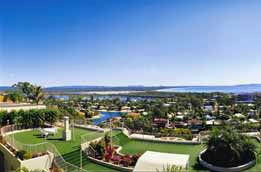 Noosa Crest Resort Logo and Images