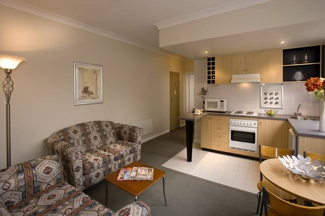 North Melbourne Serviced Apartments