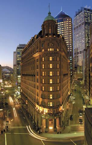 Radisson Blu Hotel Sydney Logo and Images