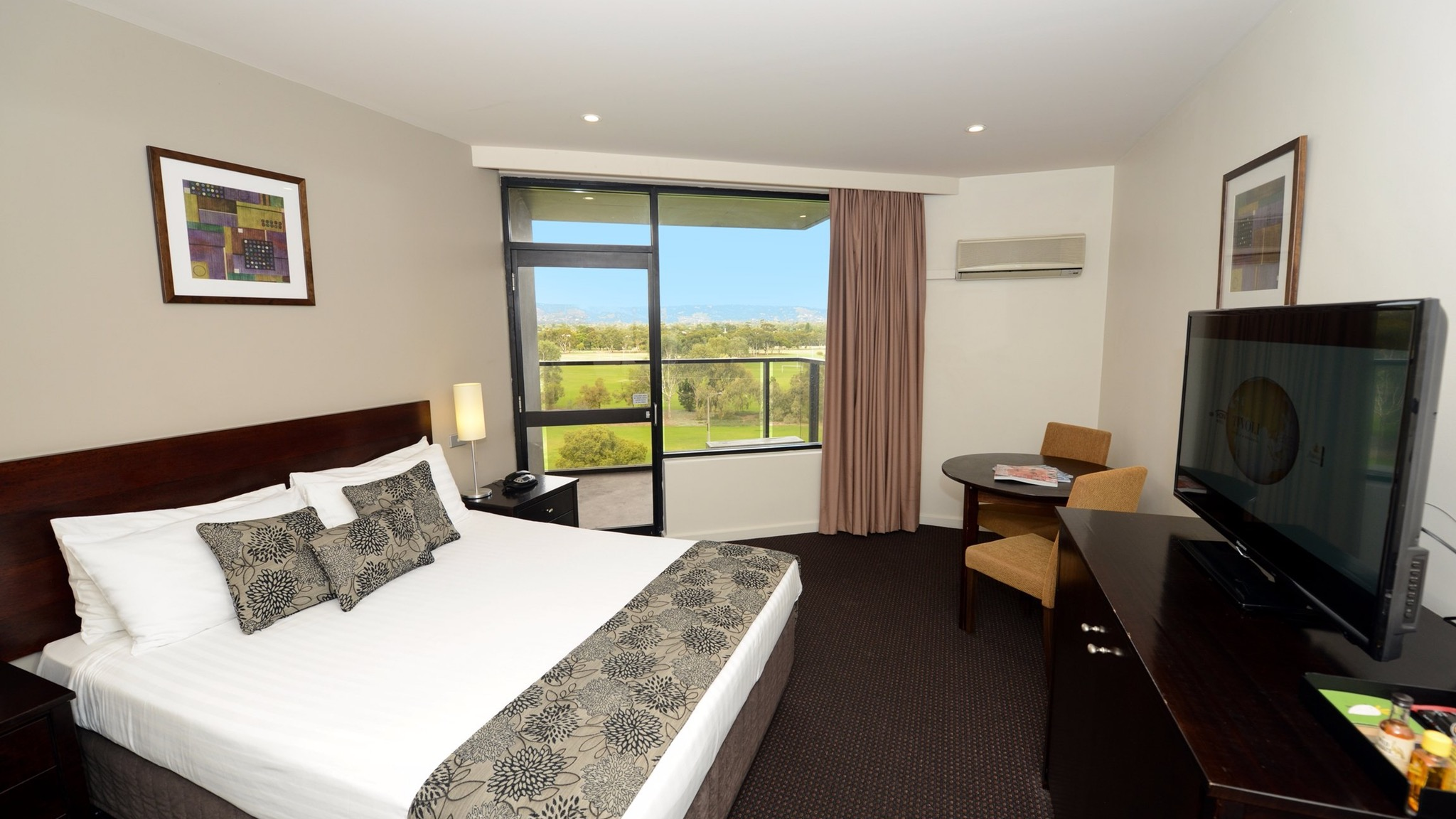 Rydges South Park Adelaide Logo and Images