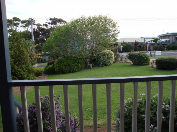 Apollo Bay Bed and Breakfast Logo and Images