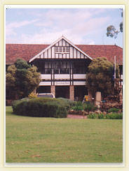 Yanchep Inn Logo and Images