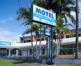 Aquatic Motel Logo and Images