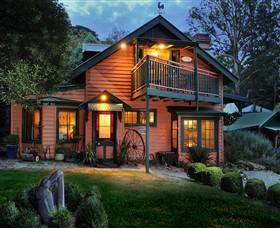 Como Cottages Image