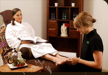 Eden Skin & Body Spa Logo and Images