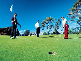 Geeveston Golf Club Logo and Images