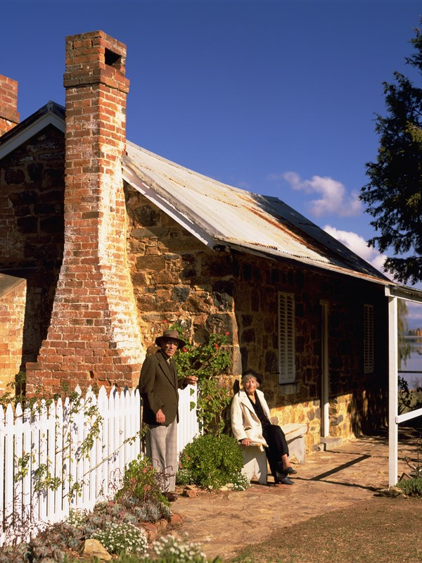 Blundells Cottage Image