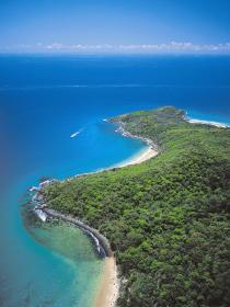 Noosa National Park Logo and Images