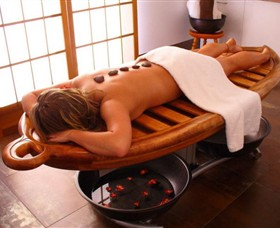 Red Hill Spa Logo and Images