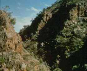 Werribee Gorge State Park Logo and Images