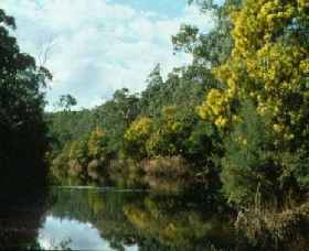 Warrandyte State Park Logo and Images