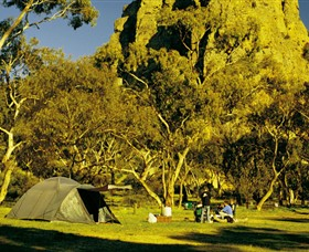 Mount Arapiles-Tooan State Park Logo and Images