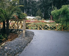 National Rhododendron Gardens Logo and Images