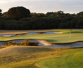 Royal Melbourne Golf Club Logo and Images