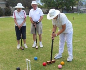 Nowra Croquet Club Logo and Images
