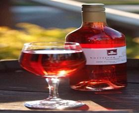 Kurrajong Downs Wines Vineyard Logo and Images