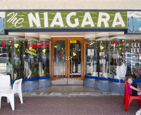 Niagra Cafe Logo and Images