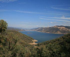 Burrinjuck Dam Image