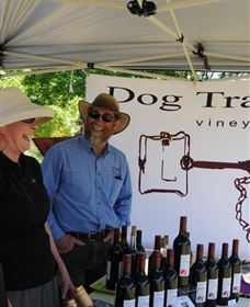 Dog Trap Vineyard Image