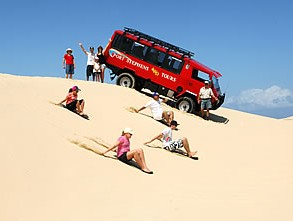 Port Stephens 4WD Tours Logo and Images