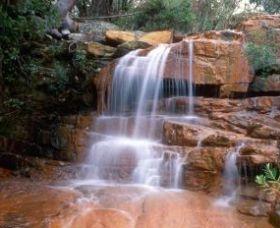 Kellys Falls Logo and Images