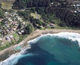 Coalcliff Beach Logo and Images
