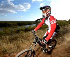 Narrandera Bike and Hike Track Logo and Images