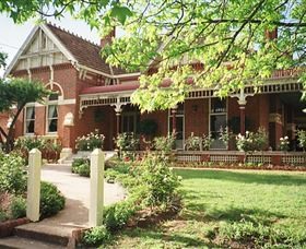 Antiques of the Riverina - Antique Trail Logo and Images
