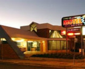 Dubbo RSL Club Resort Logo and Images