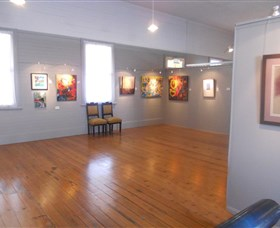 Paxtons Creative Space and Upstairs Gallery Image