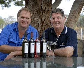Woolaway Wines Logo and Images