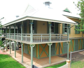 Moree Lands Office Historical Building Logo and Images