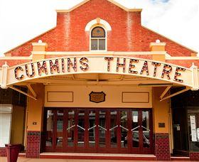 Merredin Cummins Theatre Logo and Images