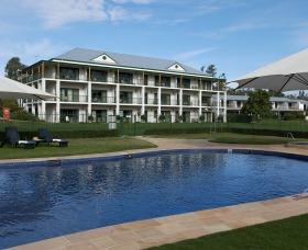 Yarrawonga Mulwala Golf Club Resort Logo and Images